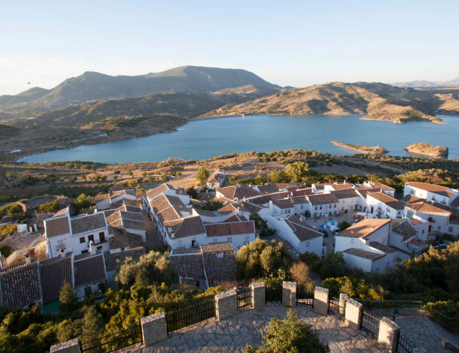 Andalucia Destino de Cine - Embalse de Zahara - El Gastor